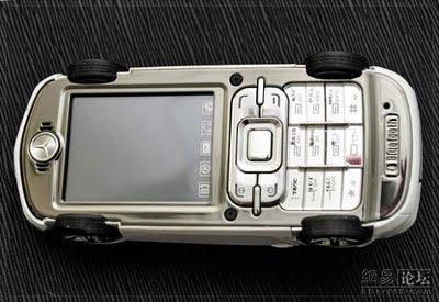 Phone-Mercedes-06