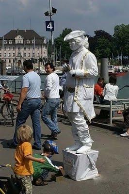 estatuas humanas 6curionotas