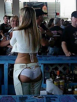 sexy-bartender-19
